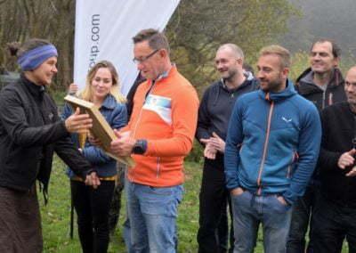 Grupa Raben - sadzenie w Krzywej (142)