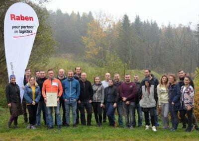 Grupa Raben - sadzenie w Krzywej (144)