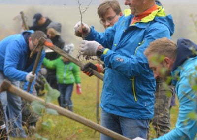 Grupa Raben - sadzenie w Krzywej (30)