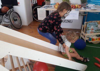 Ekokacik i dzieciaki (1)