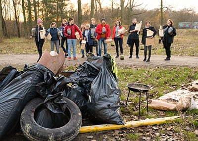 Decathlon – akcja sprzątania lasu i warsztaty ekologiczne